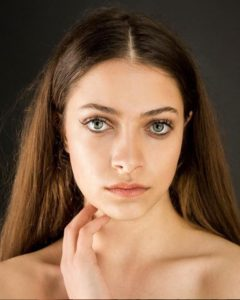 Gizem Gülçin Çoban - MyFenomen - Türkiye Moda Kozmetik Influencerları