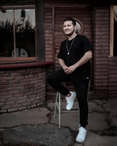 Mehmet Dindar TaklitmanTV - MyFenomen - Moda Kıyafet Influencer