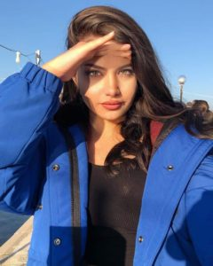 Sude Nur Kara - MyFenomen - Instagram Kozmetik Influencerları